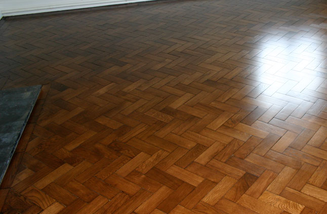 Block wood flooring beaconsfield london for Wood floor knocking block